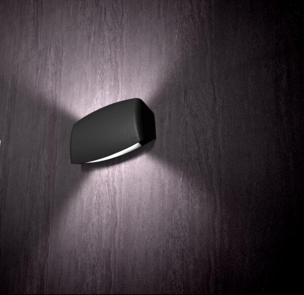 Moderna Nadgradna zidna svjetiljka - ABRAM 190 klasičnog dizajna, crne boje - internet prodaja - Commodo Home & Living