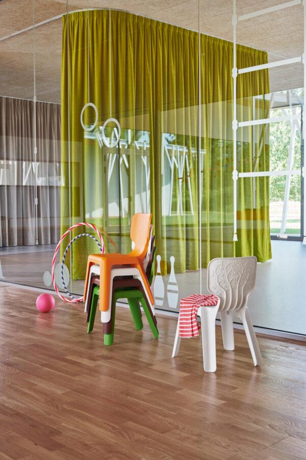 Moderna Dječija Stolica Alma neobičnog izgleda i udobnosti - online shop - Commodo Home & Living