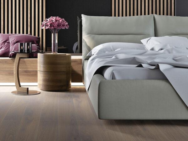 Moderni Noćnik Tavamo jednostavnog dizajna,kvalitetan, drveni , orah boja - online shop - Commodo Home & Living